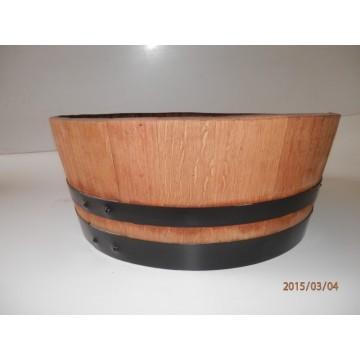 Sudové květináče - Barikovaný dubový květináč 55 litrů 63x24cm
