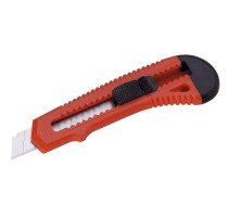 Odlamovací nůž různé barvy